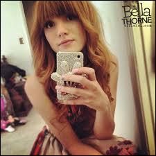 Quand Bella Thorne a-t-elle commencé sa carrière ?