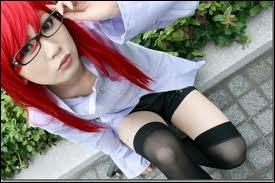 Elle était la gardienne d'un repaire d'Orochimaru, mais à la mort de ce dernier elle rejoins Sasuke, dont elle est amoureuse...