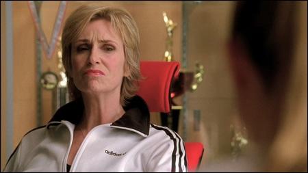 Quelle actrice joue Sue Silvester ?