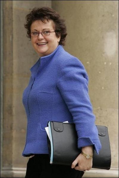Elle a été Ministre du Logement et de la Ville , voici Madame ...