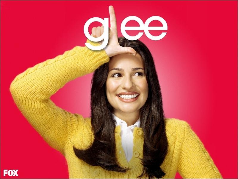 Que jettent les Vocal Adrenaline sur Rachel ?