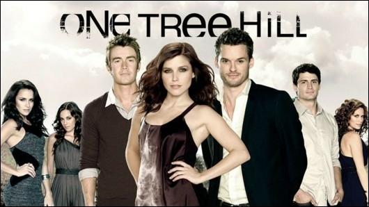 Quel célèbre groupe est à l'origine de la chanson ayant inspiré son titre original à la série, One Tree Hill ?