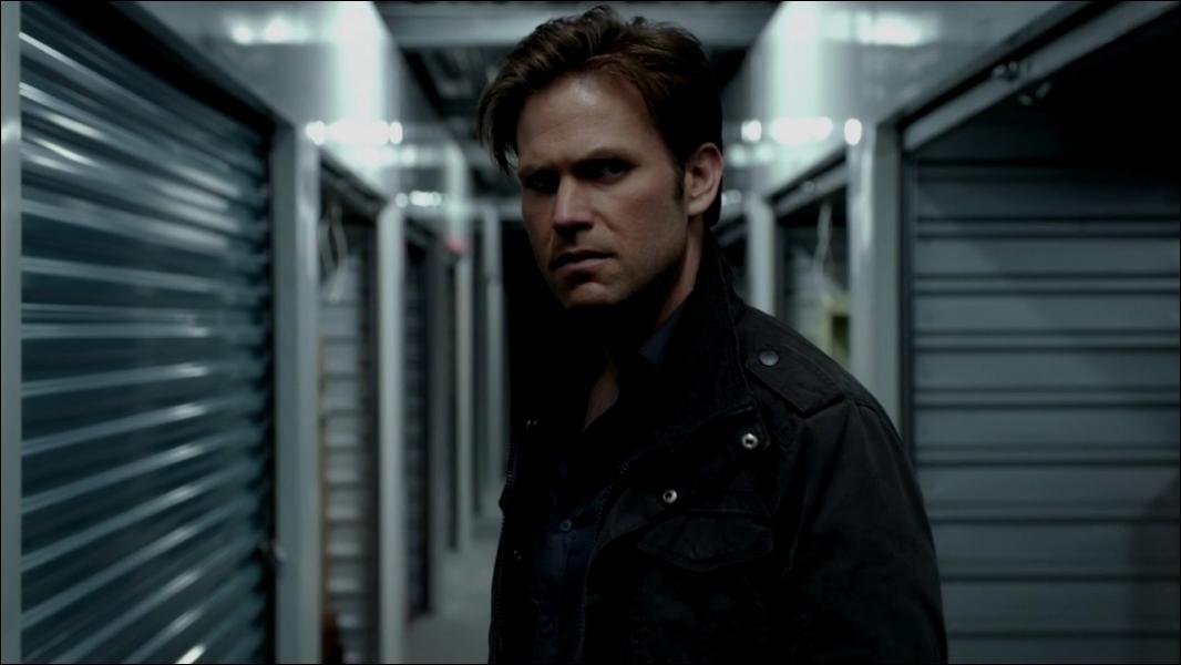 Quel est le numéro du casier où Damon a rangé le cercueil de Klaus ?