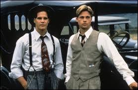 Quels sont les prénoms des deux frères Mac Lean, que leur père pasteur initie à la pêche à la mouche, dans le film Et au milieu coule une rivière ?