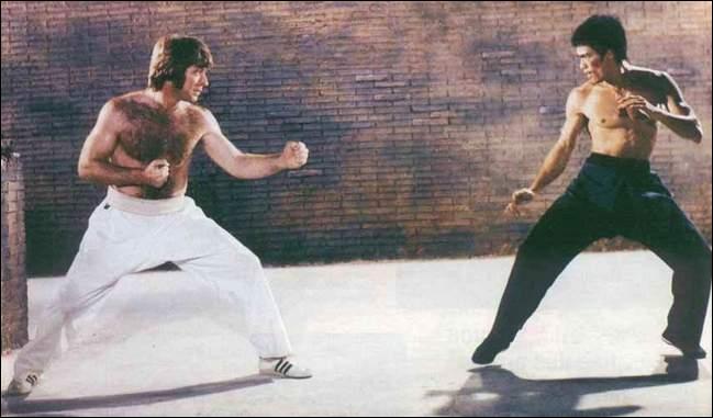 Un peu de culture générale (2)   : Chuck Norris et Bruce Lee sont réunis dans l'un de ces films. Mais lequel ?