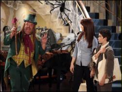 Comment s'appelle l'homme qui raconte des histoires effrayantes aux enfants le soir d'Halloween ?