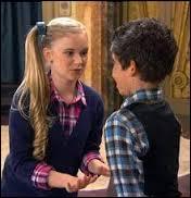 Comment s'appelait la fille qui était obsessionnellement amoureuse de lui lors de la saison 1 ?