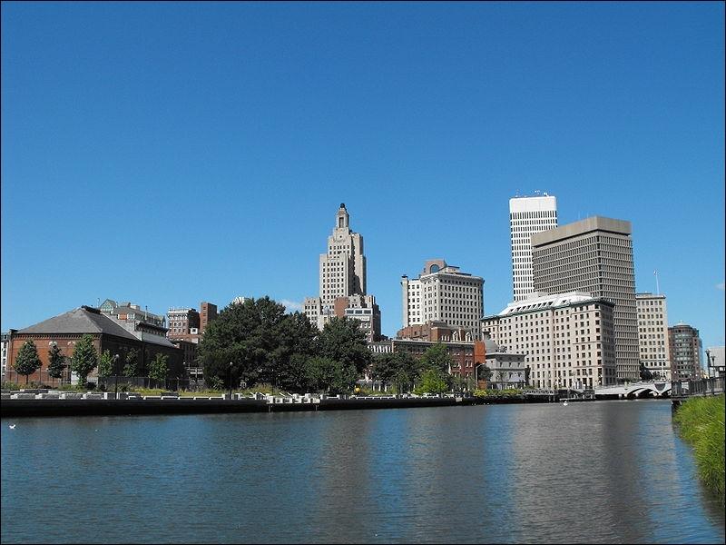 Dans quel Etat de Nouvelle-Angleterre se trouve la ville de Providence ?