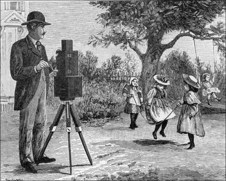 Les frères Lumière ont joué un rôle de premier ordre dans l'histoire du cinéma et de la photographie. Quel appareil lançant définitivement l'industrie du cinéma en 1895 ont-ils créé ?