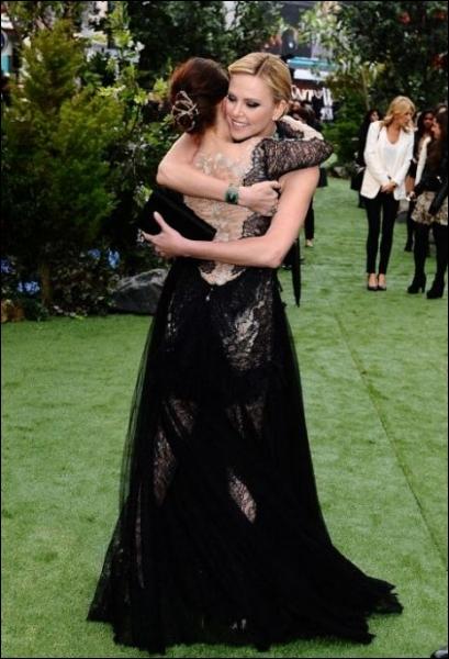 Le 13 juin 2012, le film  Blanche-neige et le chasseur  sort sur les écrans, ces deux actrices en sont les vedettes !