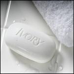 En 1998, le Directeur de l'état civil avait d'abord refusé le prénom Ivory à un couple de langue anglaise puisque ce prénom évoquait une marque de savon :