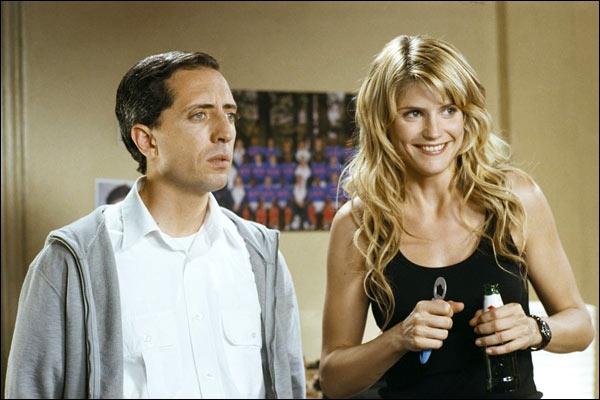 Dans le film  La doublure , Elena tient une bière dans la main. A quel acteur était-elle destinée ?