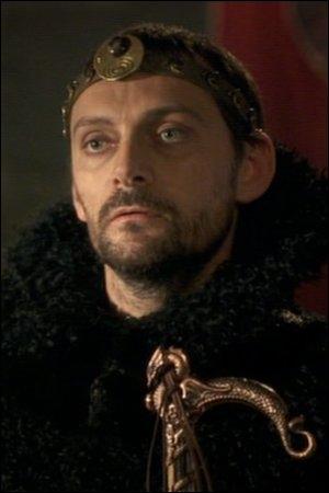 Lors des défis de Merlin, quelle est la deuxième récompense d'Elias de Kelliwic'h ?