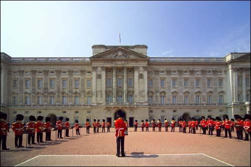 Et ce grand monument, haut-lieu de la monarchie anglaise ?