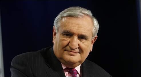 Jean-Pierre Raffarin a été premier ministre sous :