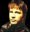 Quel est le nom du chanteur du groupe Iron Maiden ?