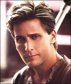 Ce jeune homme est Emilio. Il est acteur et réalisateur. Il est le fils de ?