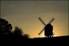 Où ne peut-on pas être quand on est au moulin ?
