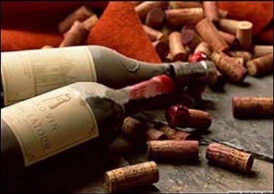 Lorsque l'on qualifie un vin de « généreux », cela signifie qu'il est...