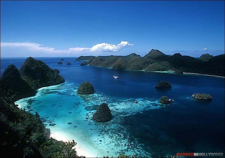 L'Archipel des Moluques appartient aux Philippines !