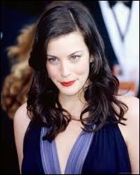 Cette actrice, qui fut Arwen dans la saga Le seigneur des anneaux, est Liv. Elle est la fille de ?