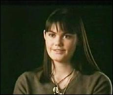 Angèle est actrice, et est la fille de ?