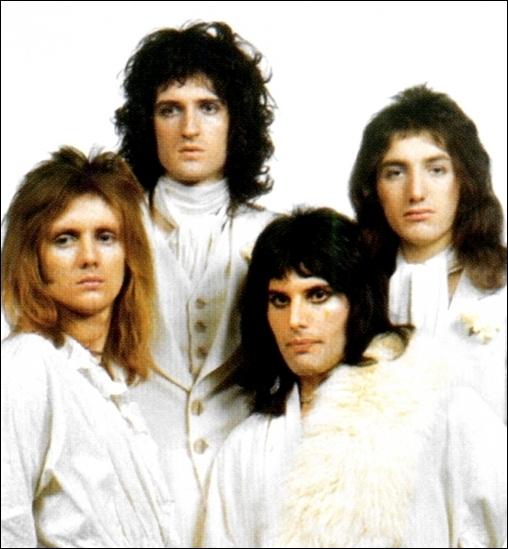 En 1991, le décès du chanteur, victime du sida, fut fatal à ce groupe. Il n'a pas chanté...