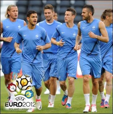 A quelle équipe sera opposée l'équipe de France de Football pour son prochain match de l'Euro mardi prochain ?