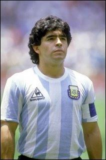 Diego Maradona, l'Argentin prodige de l'histoire du football. Il est quasi-entièrement responsable de la victoire d'une Coupe du Monde pour l'Argentine. Quand était-ce ?