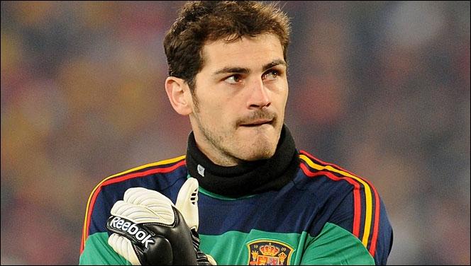 Iker Casillas est considéré comme le meilleur gardien de but au monde à l'heure actuelle. Il est le gardien le plus sélectionné au Real Madrid et également en sélection nationale. Mais laquelle ?