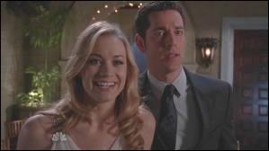 Dans la saison 4, qui empoisonne Sarah à la fête ?
