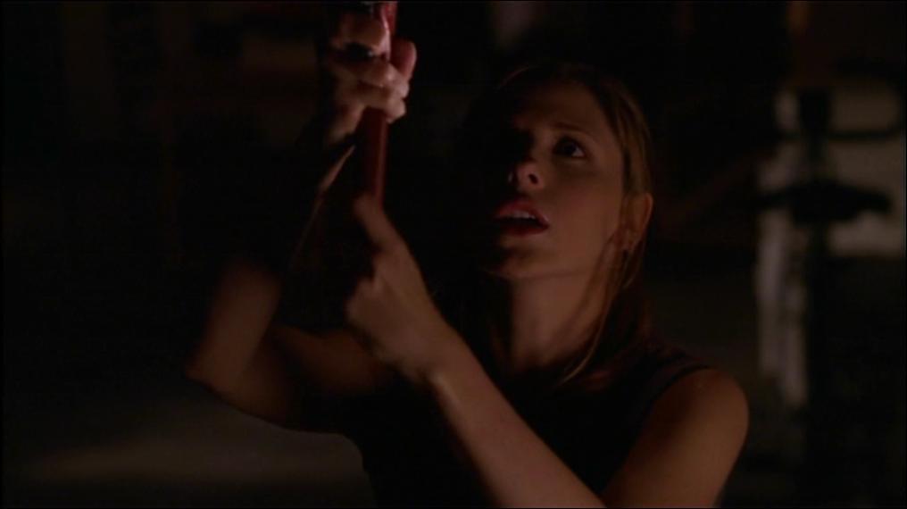 Qu'est-ce que Buffy est en train de faire ?