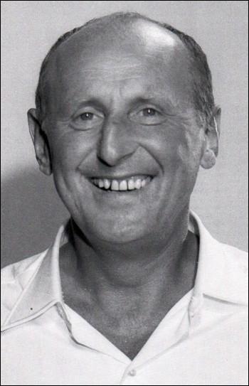 Très grand humoriste Français, mort jeune...