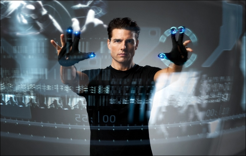 Formidable de pouvoir lire le passé afin d'éviter tout crime, dans ce film, Tom Cruise y parvient, momentanément ...