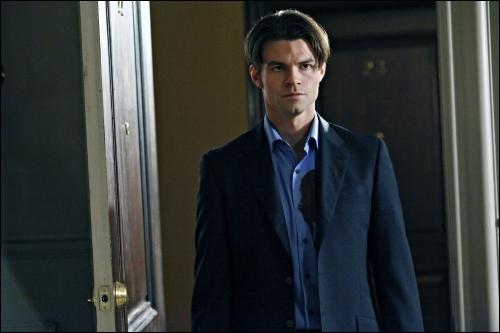 Qui a tué Elijah ?