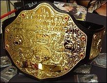 Qui a été World Heavywheight Champion avant Alberto Del Rio
