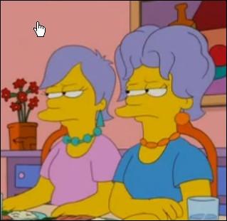 Dans l'épisode   Homer aux mains d'argent   , notre héros se découvre un talent de coiffeur et ouvre un salon. Avec quel outil a-t-il coupé les cheveux de Patty et Selma ?