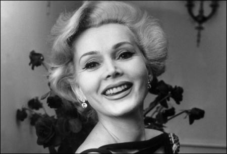 De cette demoiselle Gabor, actrice américaine d'origine roumaine, ne gardez que la moitié du prénom :