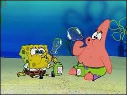 A part faire des bulles, quelle est l'activité favorite de Bob et Patrick ?