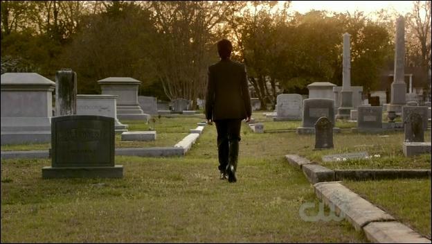 A la fin de la saison 2, Stefan choisit son destin. Lequel ?