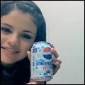 Selena est allée à l'hôpital plusieurs fois car :