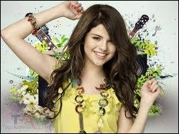 Dans Hannah Montana, c'est une :