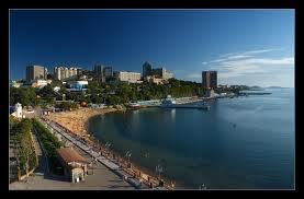 Vladivostok possède un port sur...