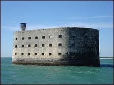 Où se trouve le fort Boyard ?
