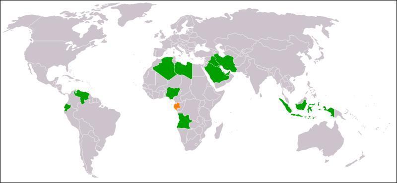 Quelle association de pays pétroliers essaie de contrôler les prix de cette matière première ? (carte de ses membres, en orange : les pays ayant quitté celle-ci)