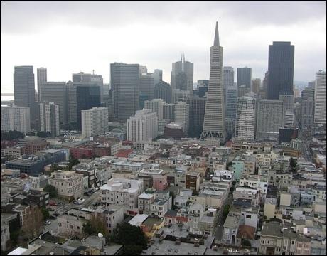 Qu'est-ce qui n'est pas relié à San Francisco ?