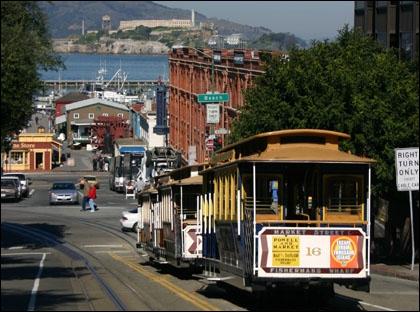 Quel rang occupait San Francisco en terme de population parmi les villes californiennes en 2004 ?