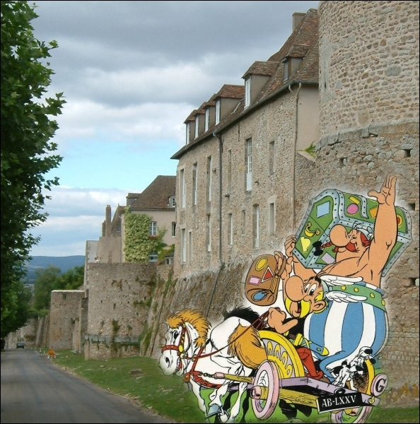 Etape touristique dans la capitale gallo-romaine des �duens en Bourgogne �... .