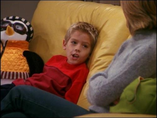Comment s'appelle le fils de Ross ?