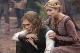 Que révèle Rebekah à Elena ?